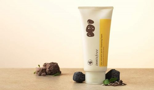 Innisfree Women's Jeju Volcanic Pore Cleansing Foam Face