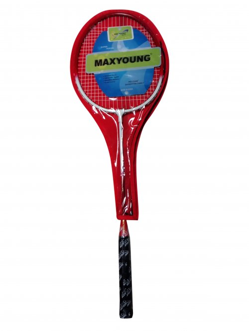 Max Young Badminton