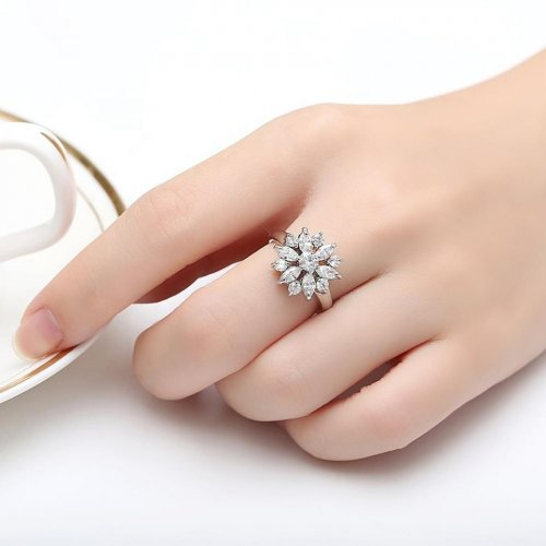 silver colour finger ring