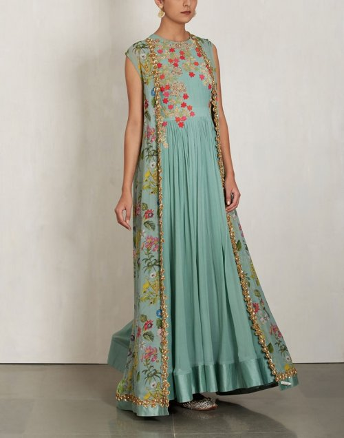 Desinger suits gown style with embroidery