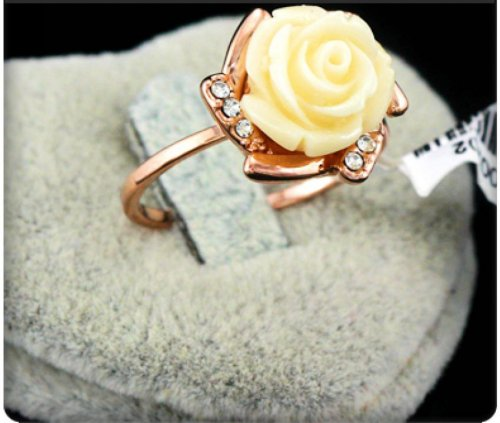Rose Flower Shaped Stylish Ring