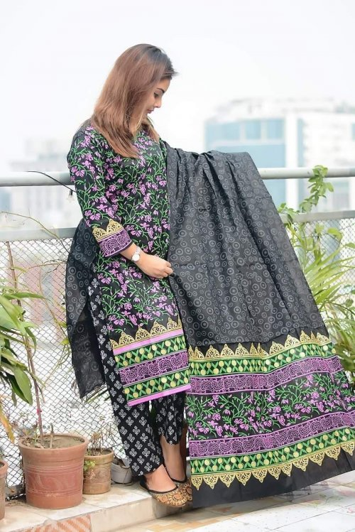 Latest Black Block Printed 3 pieces Salwar Kameez for Women