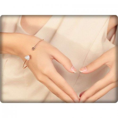 Romantic Heart Cuff Bangle