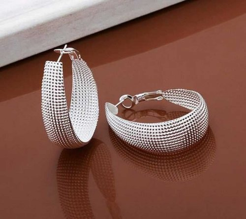 round shape ear ring