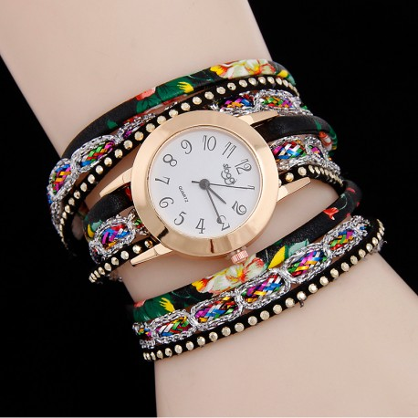 Women Leather Band Analog Quartz Wrist Watch